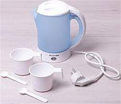 1718В Чайник электрический пластик 0,6л